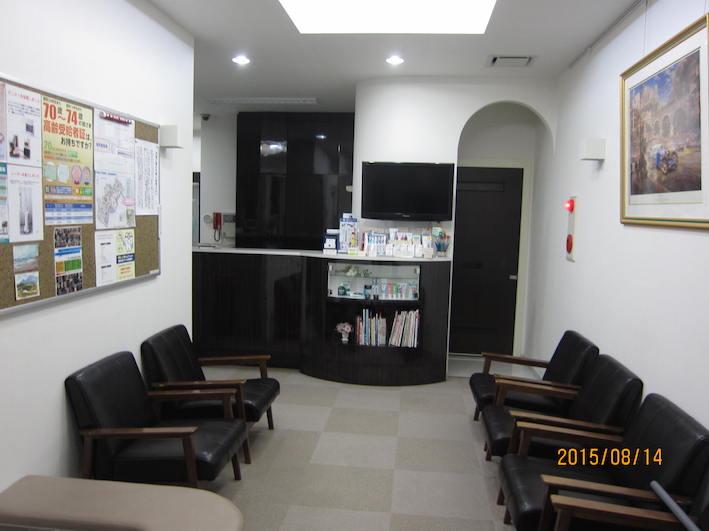 待合室−1